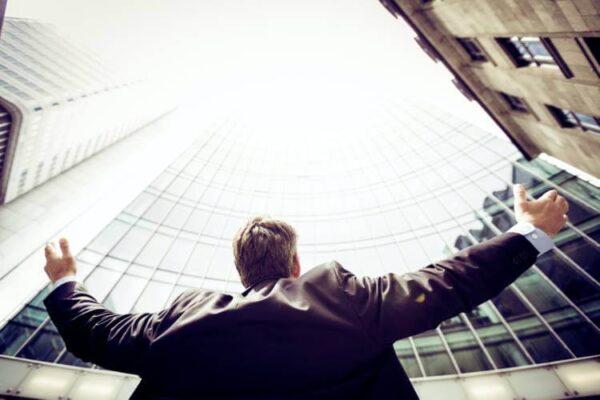 MLMほど素晴らしいビジネスモデルはない!チャンレンジするべき!